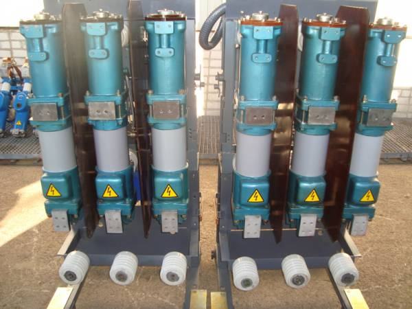 Продам масляные выключатели ВМПЭ-10-630/31,5 ВМПЭ-10 630А