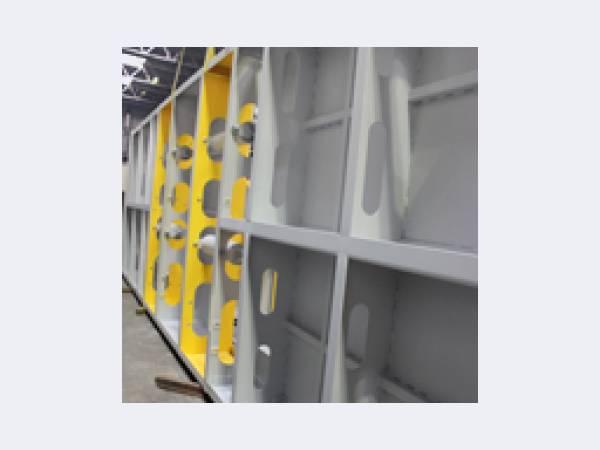 Изготовление металлоконструкций. Сварной балки. Заводское производство
