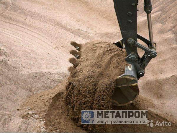 Поставки песка мытого, карьерного с доставкой