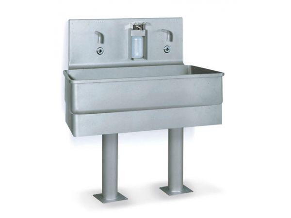 Гигиена мясокомбината. Оборудование для мытья рук