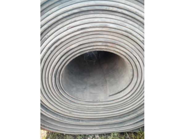 Резиновое покрытие на пол из ленты конвейерной б/у
