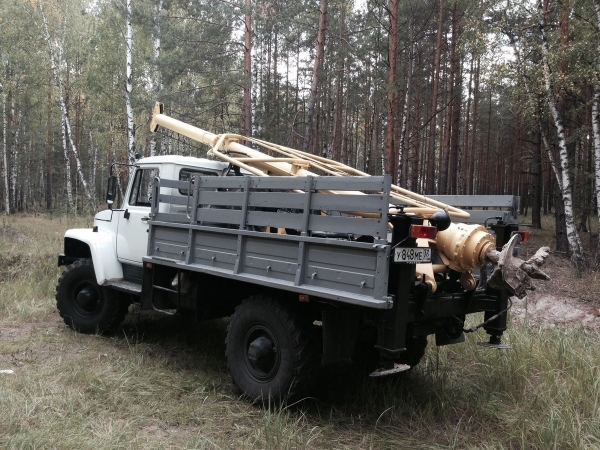 Аренда ямобура вездехода на базе ГАЗ 3308 (ГАЗ 66) и УРАЛ телескоп