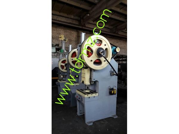 Пресс механический кривошипный пневматический усилие 63т КД2128 КД1428