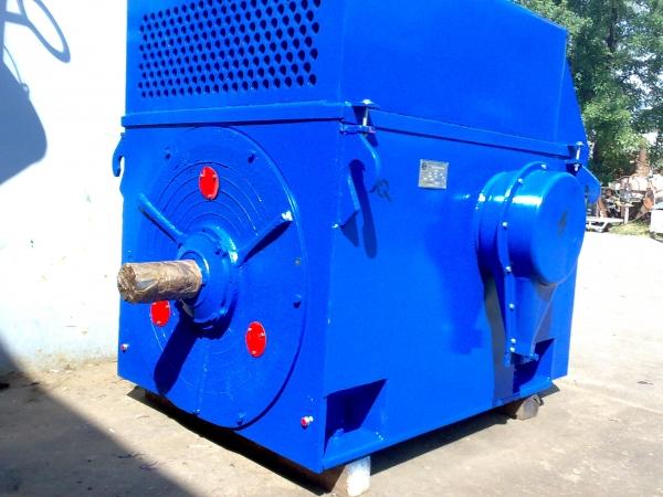 Продам  электродвигатель  ДАЗО4-450УК-8У1.