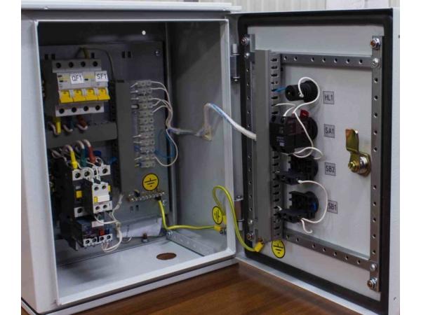 Шкафы и ящики управления и автоматики (ЯУ (ШУ) 8000, Я 8300, Я 5000)