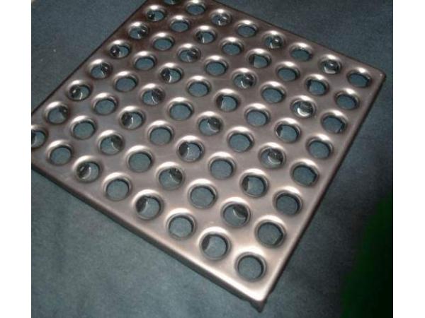 Плитка металлическая для промышленных полов