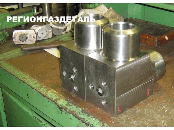 Угольник с ответвлениями фланцевый ГОСТ 22800-83