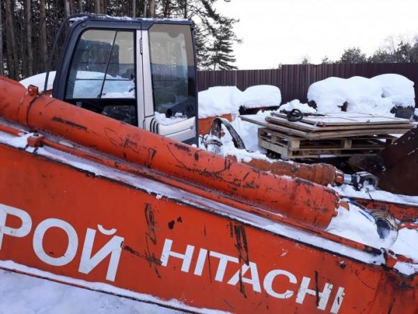 Выкуп разборка продажа на запчасти экскаваторы Хитачи hitachi