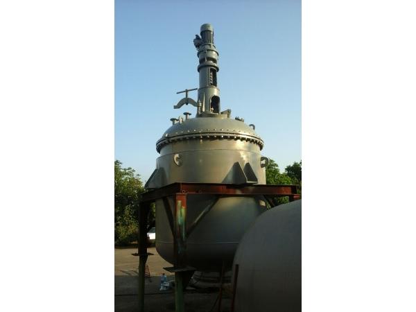 Реактор из нержавеющей стали 5 м.куб. Емкость, сборник.
