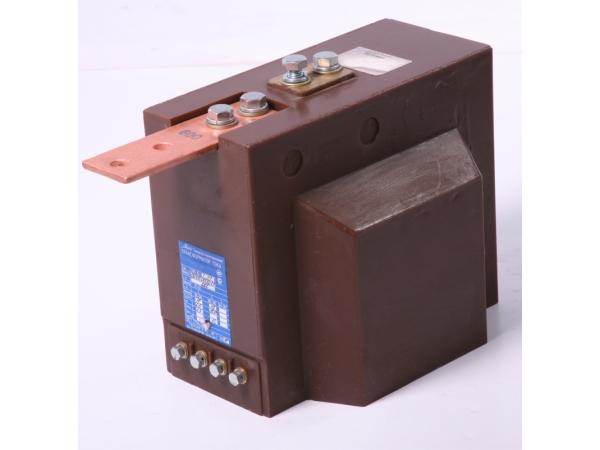 ТЛМ-10-1 50/5 0,5/10Р трансформатор тока