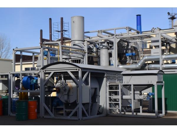 Установка быстрого пиролиза для утилизации иловых осадков сточных вод