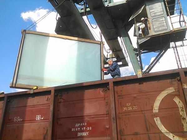 Приём и отправка ж. д. грузов на жд ст. Крыма и грузовой терминал