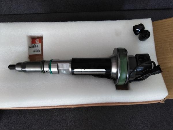 Форсунка (4964170) для двигателя Cummins QSK19