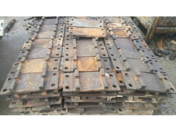 Подкладка  железнодорожная КД-65  ГОСТ 16277-93  на складе