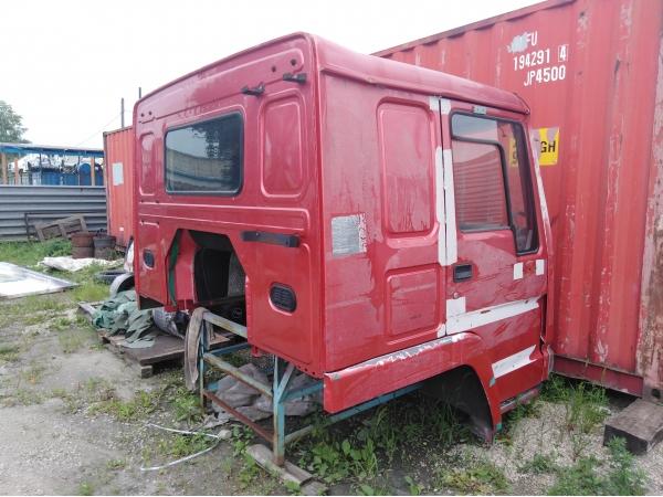 Кабина в сборе HOWO Евро-2 (красная) 1-ая комплектность