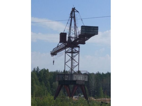 Лесопогрузчик башенного типа КБ -572Б