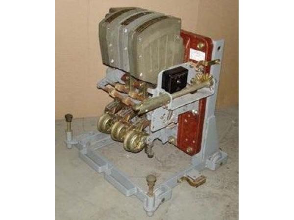 Автоматический выключатель АВМ10СВ/НВ 800А выдвижной ручной привод