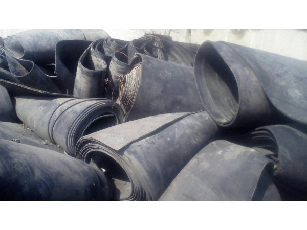 Резинотканевая прокладка под трубы из ленты конвейерной б/у