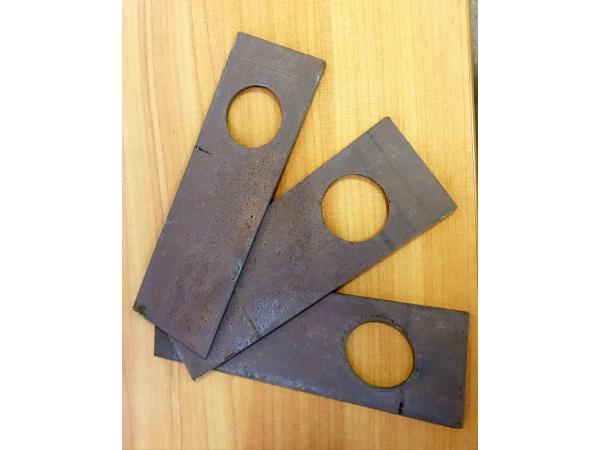 Нож (била) дробилки ДМ-10 из стали Hardox.