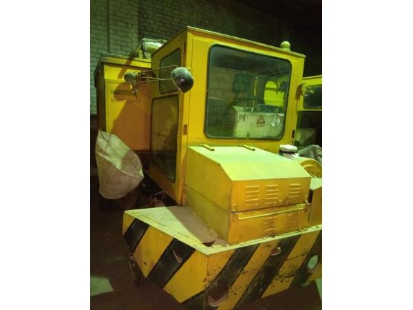 Машина для раздачи глинозема МРГ-4М