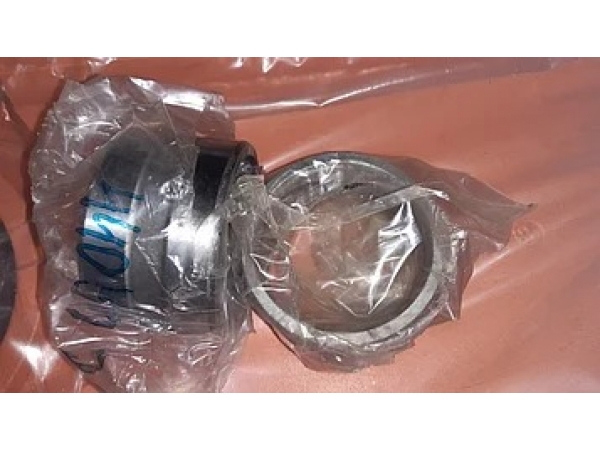 Втулка 4409122 внутренний диаметр 70мм ширина 55мм  ZX200-3G
