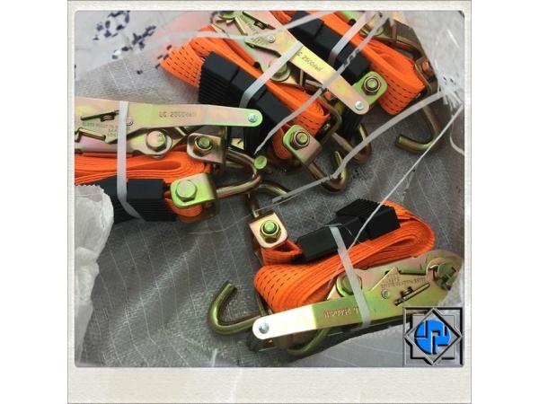 Ремни для автовозов и эвакуаторов с натяжным устройством (трещоткой).