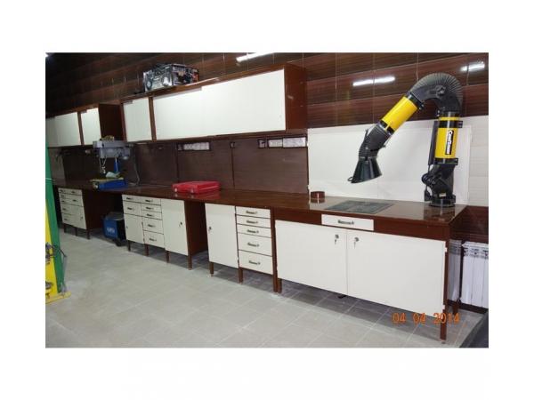 Комплект металлической мебели в мастерскую
