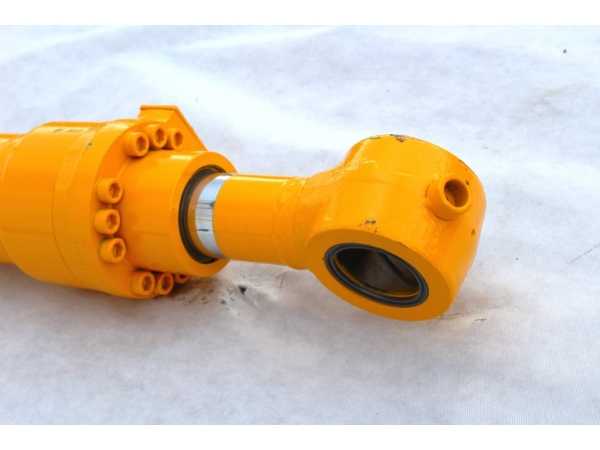 Цилиндр рукояти для гусеничного экскаватора Hyundai R210LC-7