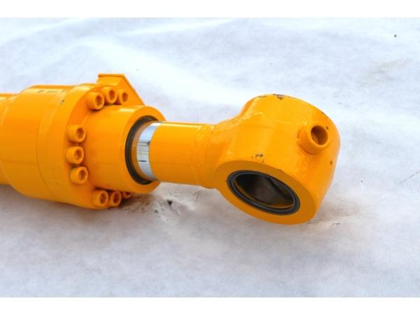 Цилиндр рукояти для гусеничного экскаватора Hyundai R300LC-9