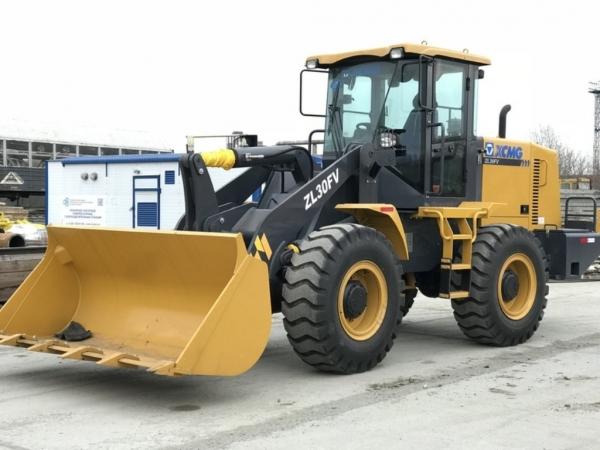 48 000$ Фронтальный колесный погрузчик XCMG ZL30FV (рычаги)
