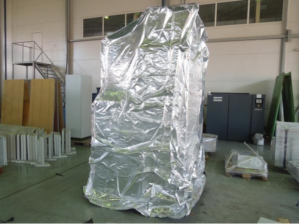 Пленка для упаковки грузов и техники NR-M