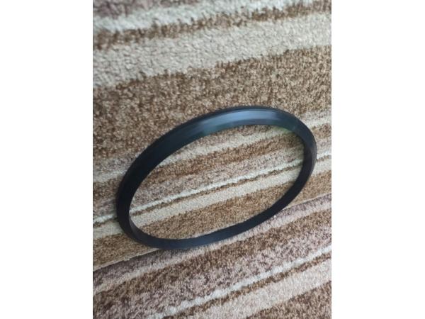 Резиновое уплотнительное кольцо на маслоохладитель ТГМ-23 В и Д.