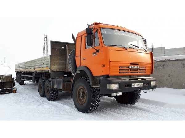Продам: КамАЗ-44108 + НЕФАЗ-9334 полуприцеп бортовой с кониками. ОТС!!