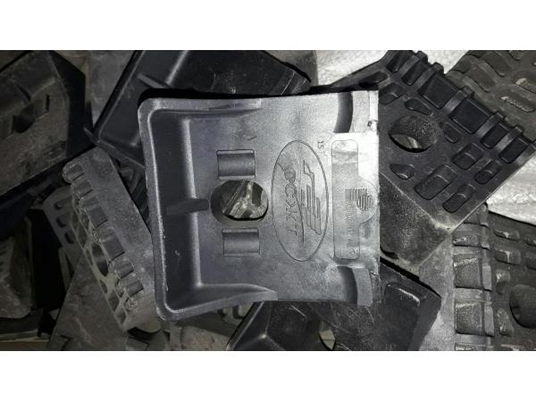 Упор боковой полимерный ЖБР ЦП 369.006 по 72 руб
