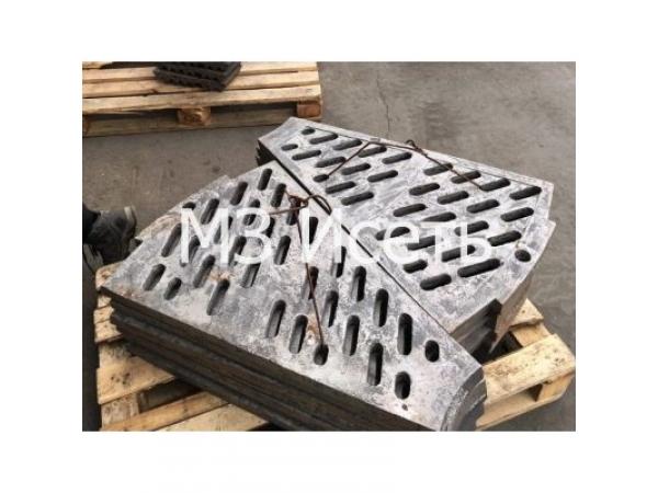 Литье фасонных изделий, Фасонное стальное и чугунное литье в песчано-г