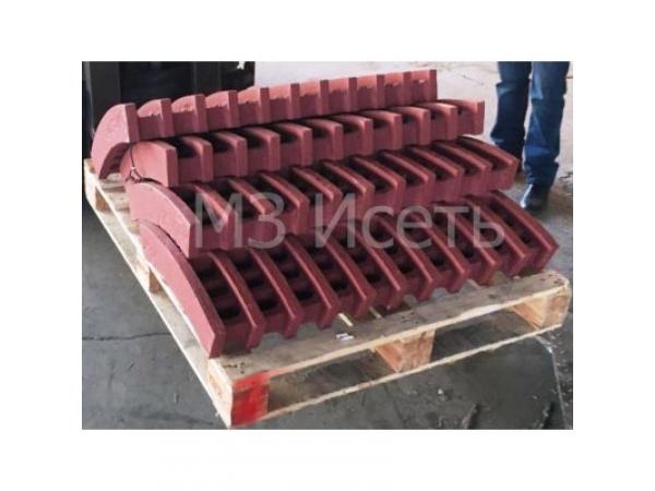 Плиты футеровочные, Отливки из стали 110Г13Л, молотки для дробилок, фу