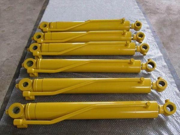 Гидроцилиндр ковша (707-01-0J750) для экскаватора Komatsu PC1250LC-8