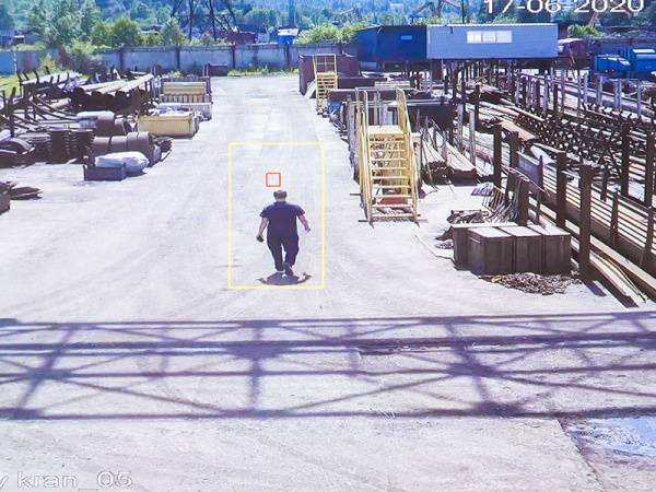 В Распадской угольной компании запустили систему видеоаналитики использования СИЗ