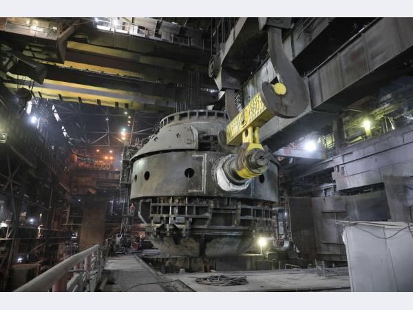 На ЕВРАЗ ЗСМК ведется капитальный ремонт конвертера