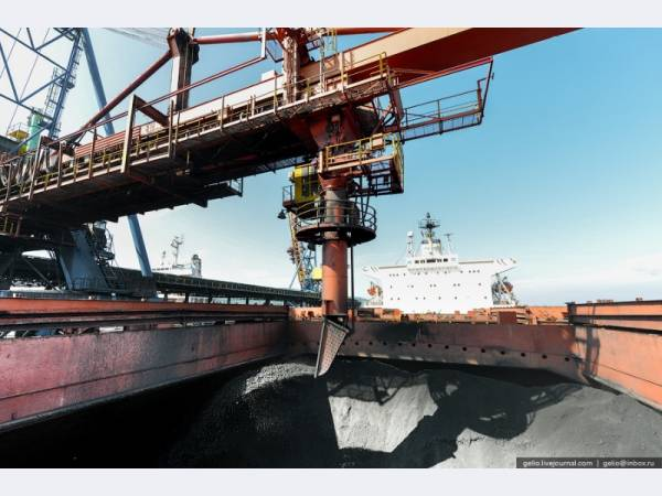 Черные металлы, уголь/кокс и удобрения — драйверы экспорта через морские порты РФ