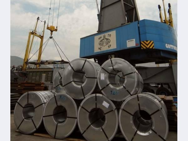 Перевалка чёрных металлов через порт Новороссийска увеличилась на 7,77%